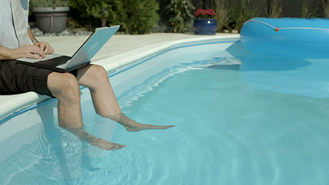 How to Use a Laptop in a Pool?